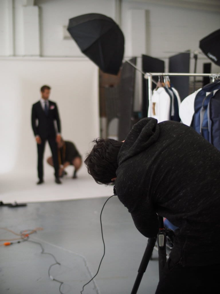 SUIT SHOOTING